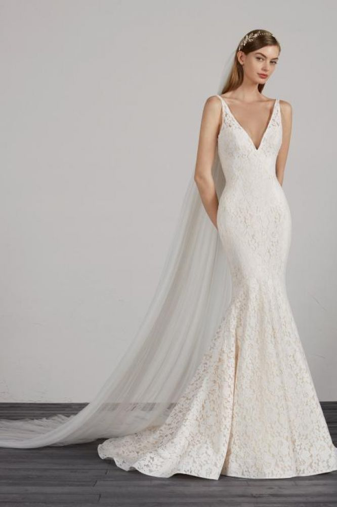Mosaico by Pronovias. Was £1850, now £1399.