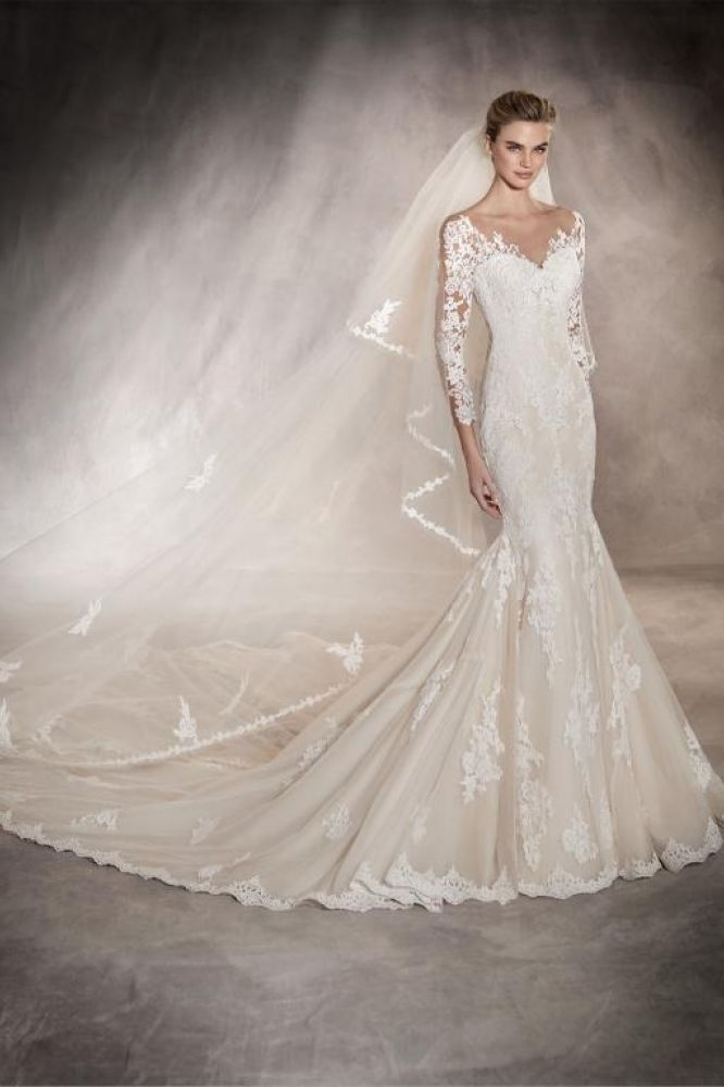 Tibet by Pronovias. Was £2010, now £1499.