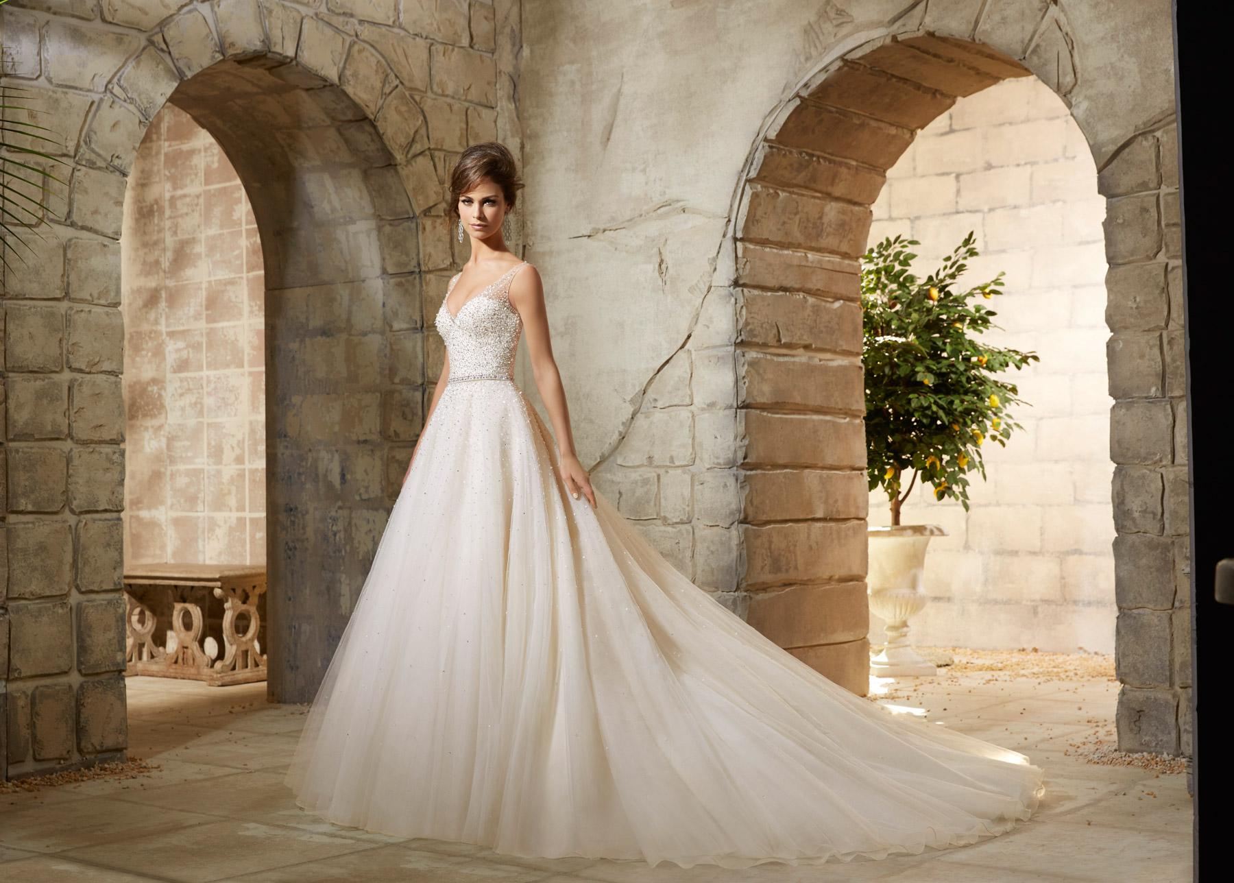 Wedding Dress Shop Leeds I Designer Bridal Gowns I West Yorkshire I ...